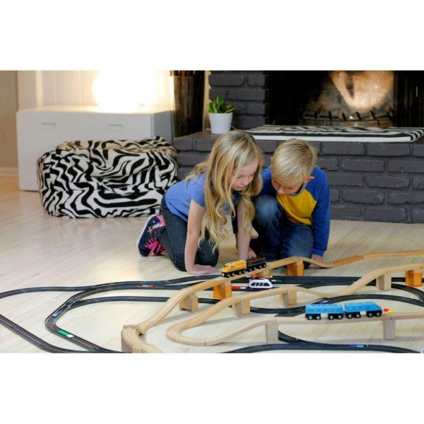 tren-intelino- (2)